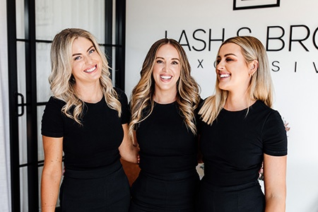 burleigh heads lash and brow studio