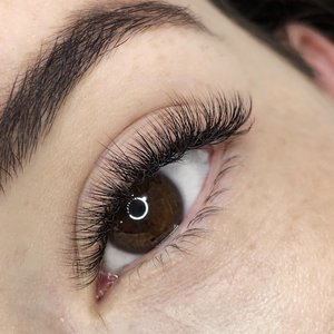 best review lashes gold coast